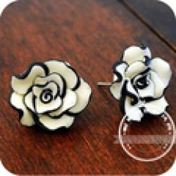 Cheap OMH wholesale 12 pair off 46% = $0.35/pair  EH06 brief fashion black and white rose stud earring earrings 4g