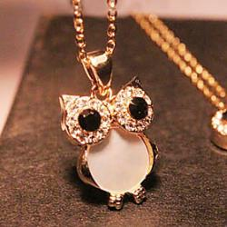 Low Price on European and American vintage rhinestone natural shell owl long necklace N498