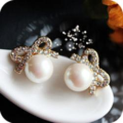 Cheap $10 (mix order) Free Shipping Vintage Crystal Bow Pearl Earrings Explosion Models E2189 8g