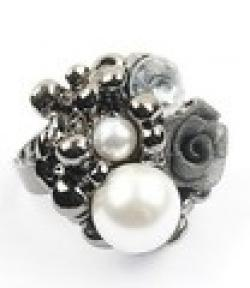 Cheap Free Shipping $10 (mix order)  2013 New Fashion Pearl Lace Roses Rings Silver Color (Black) R98 Vintage Jewelry 10g