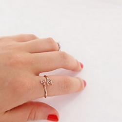 Low Price on European Arrows Shape Women'S   Rings(Silver,Gold)(1 Pc)