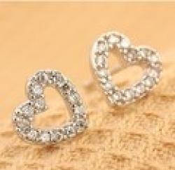 Low Price on Minimal mix styles $5 Free Shipping Korean Jewelry Cute Small Heart Rhinestone Stud Earrings C24R4