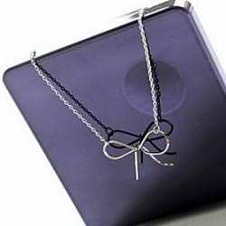Cheap Classic fashion simple bow necklace N549