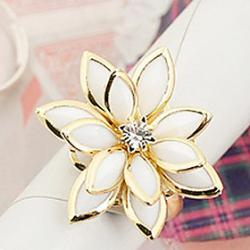 Cheap Enamel Alloy plump fresh snow lotus flower ring (random color)