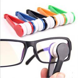 Cheap Mini Microfiber Glasses Eyeglasses Cleaner Cleaning Clip (Random Color)