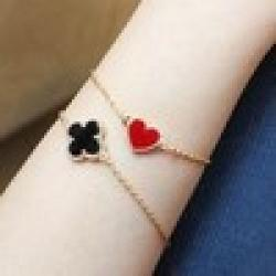 Cheap Min order $10 (mix order) Free Shipping 2013 New Fashion Vintage Enamel Four Leaf Clover Love Heart Bracelet Jewelry 4g