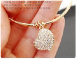 Cheap Simple Style Fashion Imitation Diamond Hollow Peach Heart Bracelet For Girl  YB071