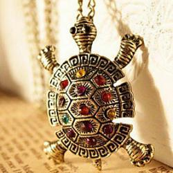 Low Price on European and American vintage jewelry inlaid diamond cute little turtle sweater chain necklace N64