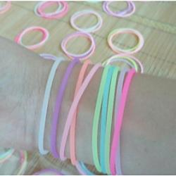 Cheap (3PC) Beautiful Fashion Fluorescent Color Can Stretch Silicone Bracelet (Color Random)